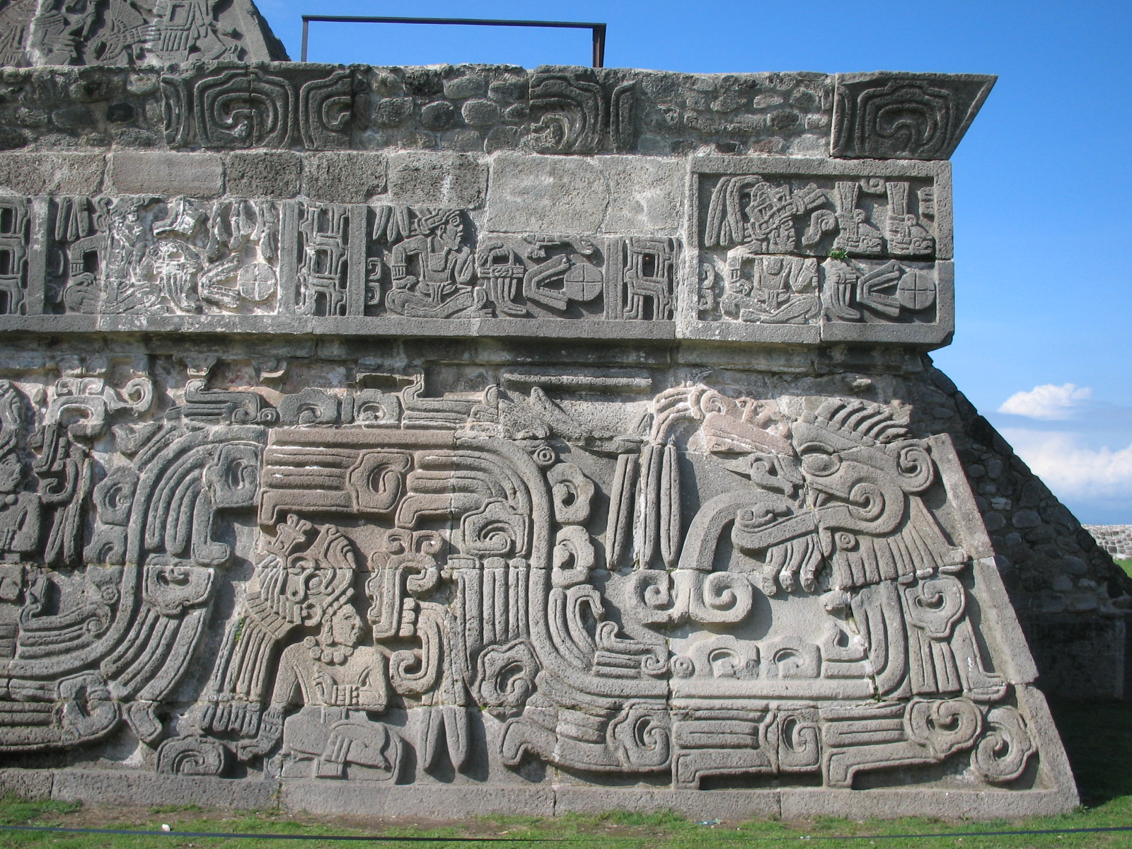 Pyramid Of The Feathered Serpent Xochicalco
